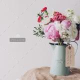 photo-1452827073306-6e6e661baf57-2-1